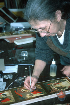 Ksenia Pokrovsky applying paint; Apprenticeship - Russian iconography; 2001: